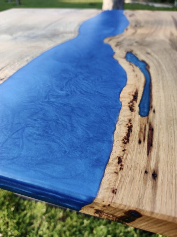 Couchtisch Eichenholz Epoxidharz Blau