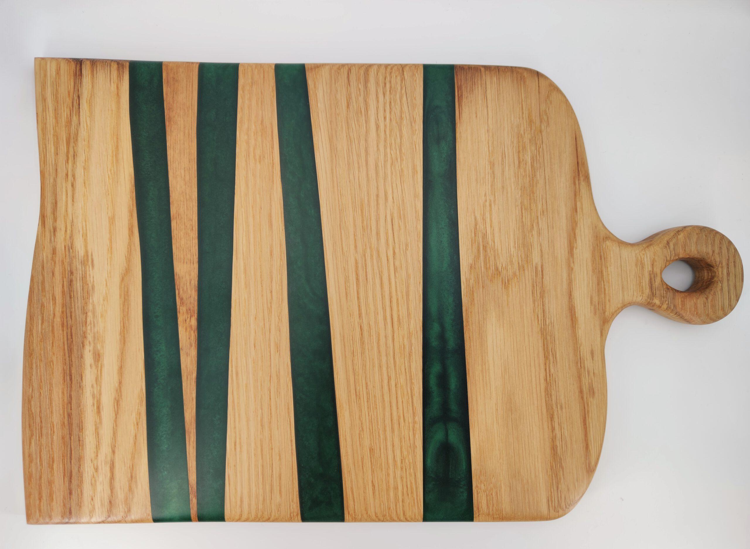 Servierbrett Eichenholz Epoxidharz grüne Streifen
