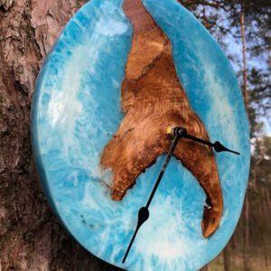 Wanduhr Epoxidharz Kirschholz Blau