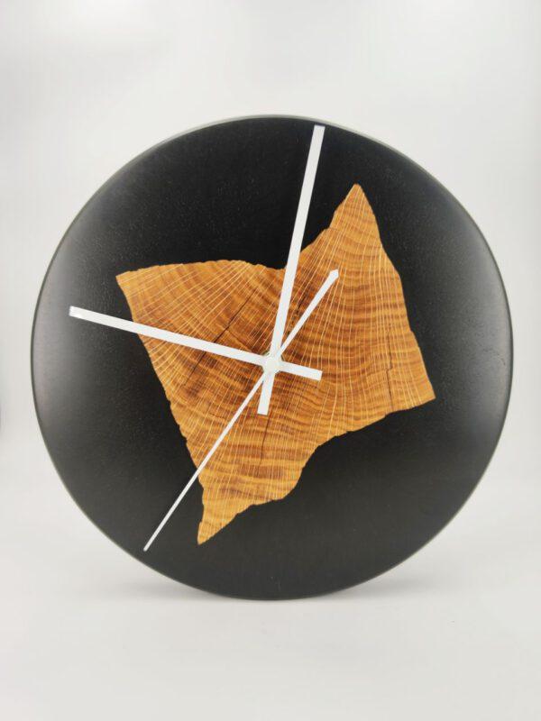 Epoxy Clock Uhr Black Wood